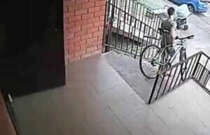 В Анапе иностранец украл велосипед и строительные инструменты
